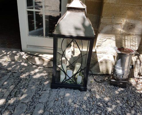 Detailtreue Dekoration bei einer Sommerhochzeit von BlumenGarten Marquardt